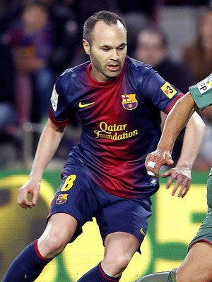 Iniesta barcelona Nabil El Zhar levante (Foto: Agência EFE)