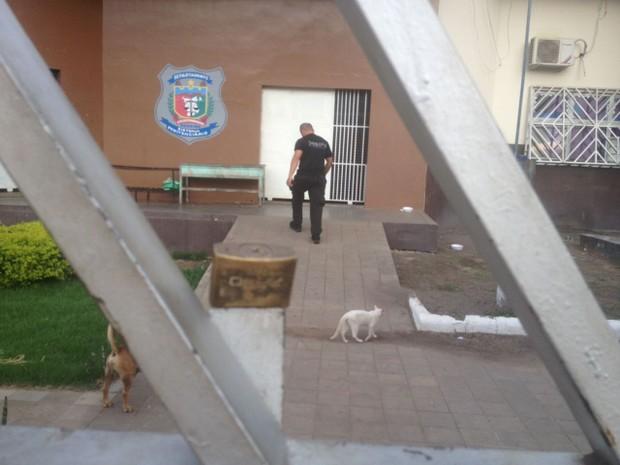 Agente informou neste domingo (8) que presos já haviam sido liberados (Foto: Marcelo Marques/G1 RR)