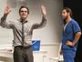 Peça 'O Assalto' mostra violência e compaixão de personagens em cena