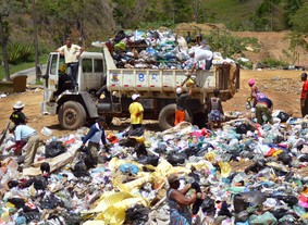 """""""Seu lixo é meu trabalho"""", por Tai Fernandes (Foto: Tai Fernandes)"""