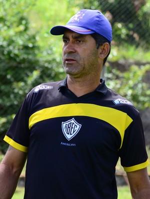 João Batista Treinador Rio branco-SP Tigre (Foto: Sanderson Barbarini / Foco no Esporte)