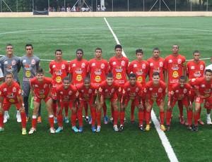 Equipe sub-19 do União tem vários atletas sub-17 (Foto: Paulo Jussan)