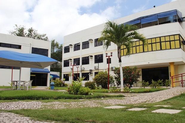 Faculdade Mauricio de Nassau - Lauro de Freitas (Foto: Divulgação)