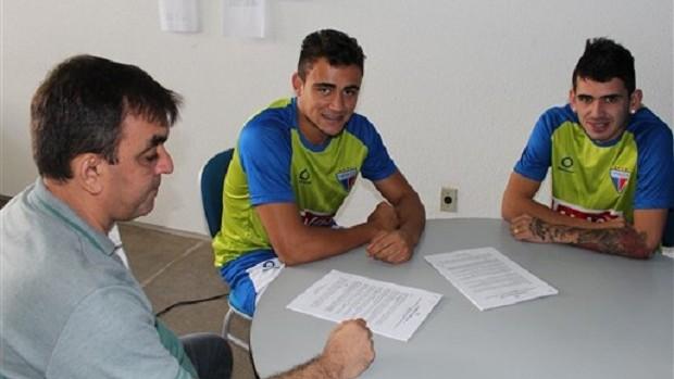 Jogadores já assinaram contrato com o Leão (Foto: Divulgação/Fortaleza)