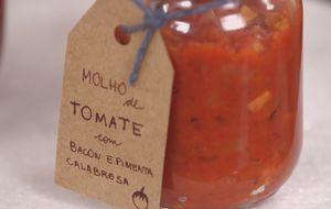 Como fazer molho de tomate com bacon e pimenta calabresa
