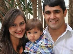 Menino de 2 anos morre atropelado por moto, na faixa de pedestre, no Espírito Santo (Foto: Arquivo Pessoal)