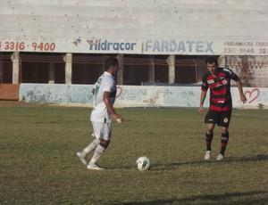 Paulinho foi o maestro do time do Baraúnas na campanha do acesso à Série C (Foto: Bruno Araújo/GLOBOESPORTE.COM)