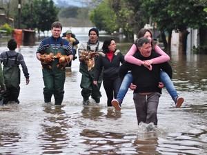 Nível da água nos diques de conteção do rio atingiu 6,15 metros (Foto: Nilson Winter/ Divulgação Prefeitura de São Leopoldo)