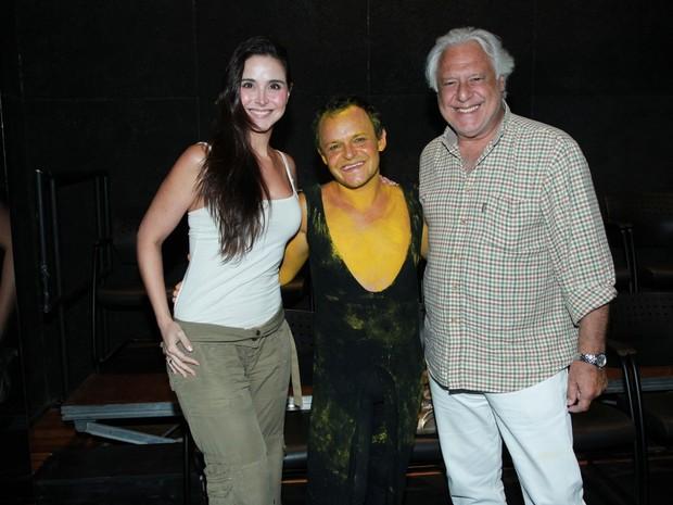 Matheus Nachtergaele com Antônio Fagundes e Alexandra Martins em teatro na Zona Sul do Rio (Foto: Marcello Sá Barretto/ Ag. News)
