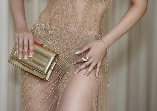 Detalhe do look e joias de Fernanda Keulla (Foto: Telma Terra)