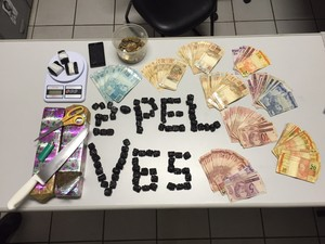 PM de Vargem Grande do Sul apreendeu drogas nesta quarta-feira (Foto: Polícia Militar/Divulgação)