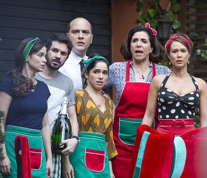 Tancinha e a família não acreditam no que veem (Foto: Ellen Soares/Gshow)