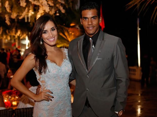 Marcello com a namorada (Foto: Fábio Rocha/Gshow)