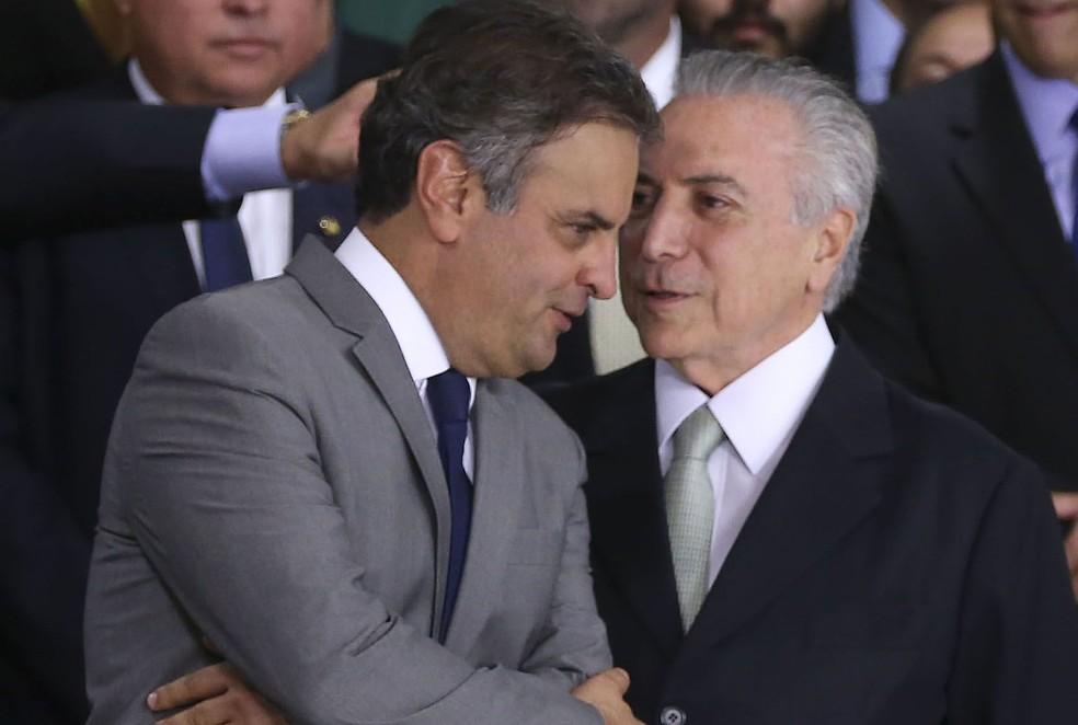 O presidente Michel Temer e o senador afastado Aécio Neves (PSDB-MG); delação da JBS os colocou no centro da crise política (Foto: Valter Campanato/Agência Brasil)