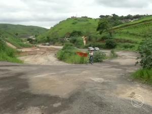 Obras da Rodovia do Contorno começaram há 20 anos (Foto: Reprodução/TV Rio Sul)