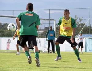 Júnior Urso no treino do Coritiba (Foto: Divulgação / Coritiba)