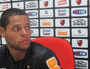 João Paulo coletiva Flamengo (Foto: Janir Junior)