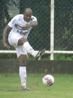 Léo Fortunato zagueiro Tupi-MG (Foto: Bruno Ribeiro)