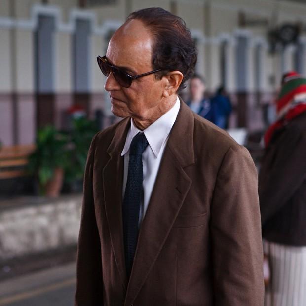 Em seu mais emblemático trabalho no cinema, Nelson Xavier interpretou o médium Chico Xavier (Foto: Divulgação/TV Globo)