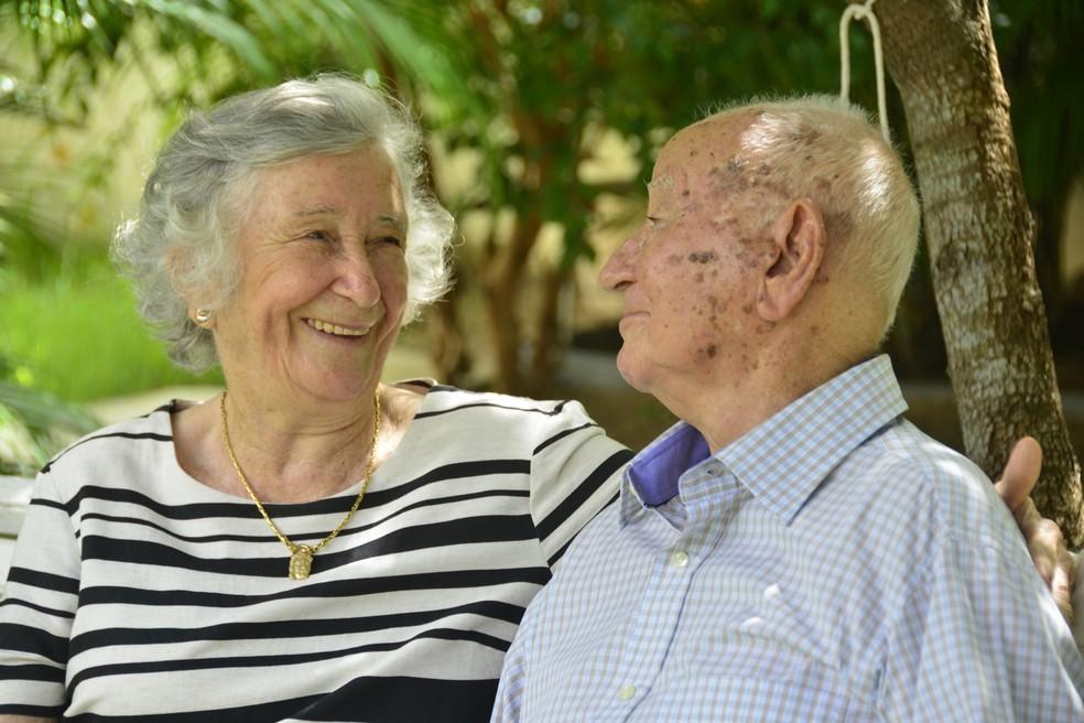 História de amor do casal começou há 73 anos em um parque de diversões  (Foto: Andréa Tavares/G1 )