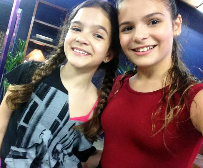 Olha só o resultado da selfie de Luana Marquezine e Mel Maia (Foto: Arquivo pessoal)