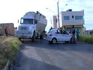 Acidente no Bairro Jardinópolis um morto Divinópolis (Foto: Reprodução/TV Integração)