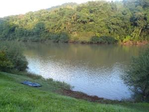 Corpo foi encontrado no início da manhã desta sexta (18) (Foto: Corpo de Bombeiros Militar/Divulgação)
