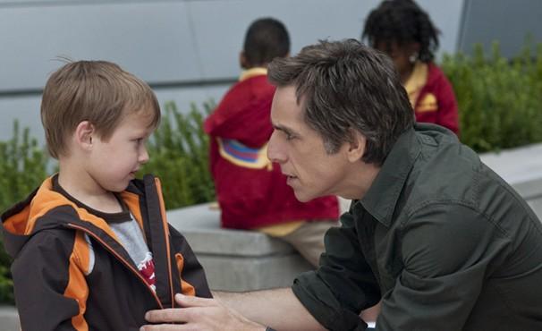 Greg quer matricular os filhos em uma importante escola particular (Foto: Divulgação / Reprodução)