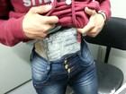 Adolescente de 16 anos é flagrada com haxixe preso ao corpo, no Paraná