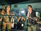 Beijo entre atores, Ronaldinho Gaúcho e Anitta marcam 1º dia de Fortal