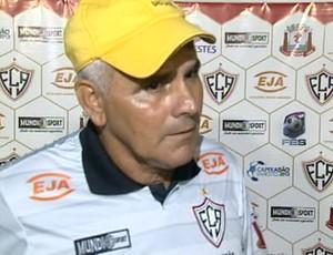 Vevé, técnico do Aracruz (Foto: Reprodução/TV Gazeta Norte)