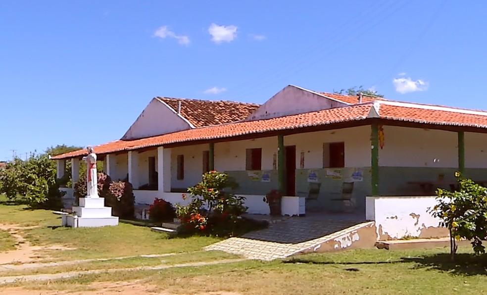 Foi nessa casa que Lampião se abrigou ao entrar no RN em 1927 (Foto: Reprodução/Inter TV Cabugi)