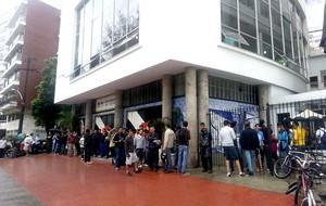 fila ingressos Vasco torcida (Foto: Rafael Cavalieri)