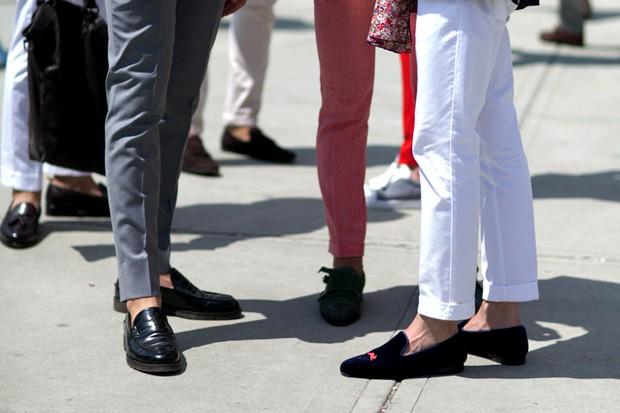 b7cac92e865 Como usar calçados sem meias com estilo (e fugir do mau cheiro nos ...