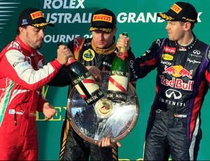 Kimi Raikkonen lotus Fernando alonso ferrari sebastian vettel RBR pódio GP da Austrália (Foto: Agência Reuters)