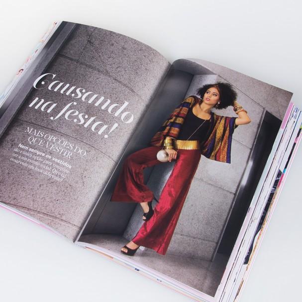 O livro reúne mais de 1500 imagens para auxiliar nas dicas de look do dia (Foto: Divulgação)