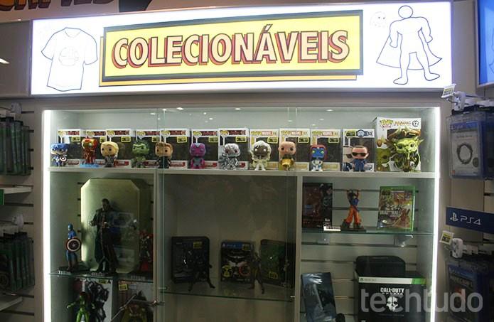 Há ainda colecionáveis diversos e de temas relacionados no espaço PlayStation (Foto: Felipe Vinha/TechTudo)