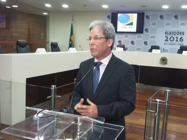 Desembargador Henrique Dias, do TRE-PE (Foto: Artur Ferraz/G1 PE)