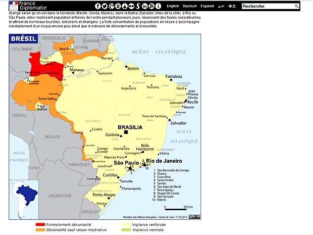 Reprodução de mapa publicado em site do governo da França mostra 'áreas de risco' para a segurança de turstas (Foto: Reprodução)