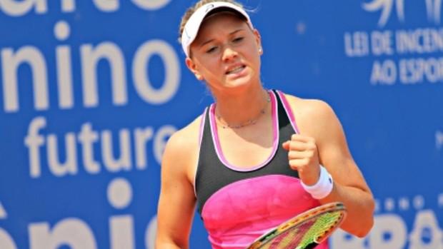 Laura Pigossi comemora título do Future de tênis (Foto: Ana Witts/Divulgação)