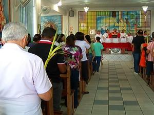 Celebração domingo de ramos (Foto: Reprodução/TV Tapajós)