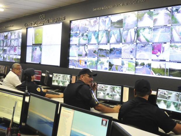 Monitoramento COI (Foto: Charles de Moura/ PMSJC)