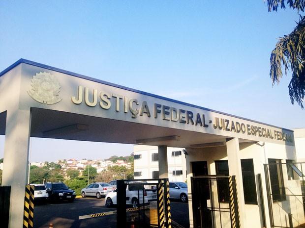 Pena estabelecida pela Justiça a policial federal foi de 11 anos e 10 meses de reclusão (Foto: Wellington Roberto/G1)