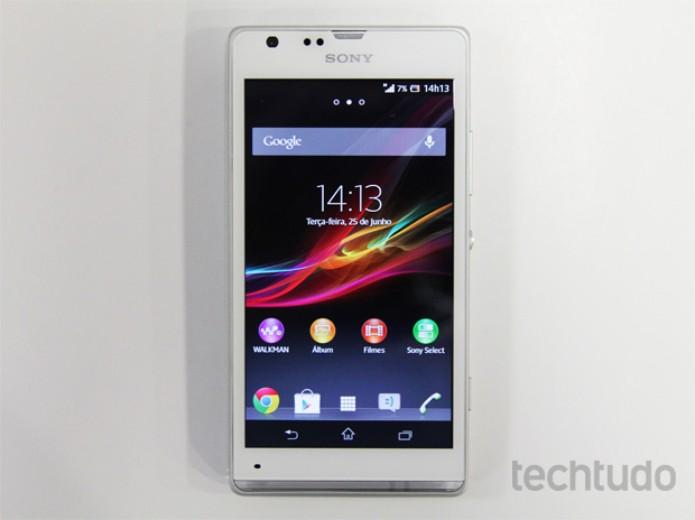 Xperia SP, o smartphone intermediário da Sony (Foto: Isadora Díaz/TechTudo)