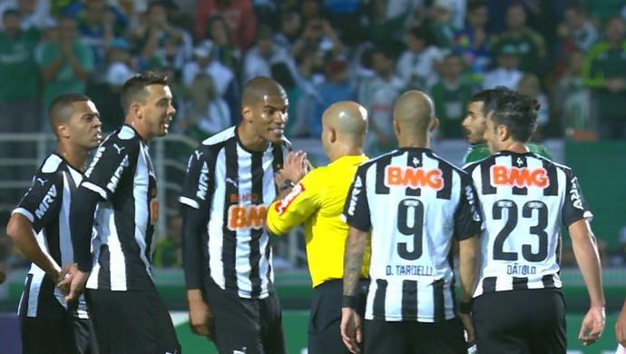 Leonardo Silva, zagueiro Atlético-MG (Foto: Reprodução \Sportv)