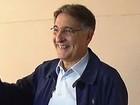 Fernando Pimentel vota em BH (Reprodução / TV Globo)