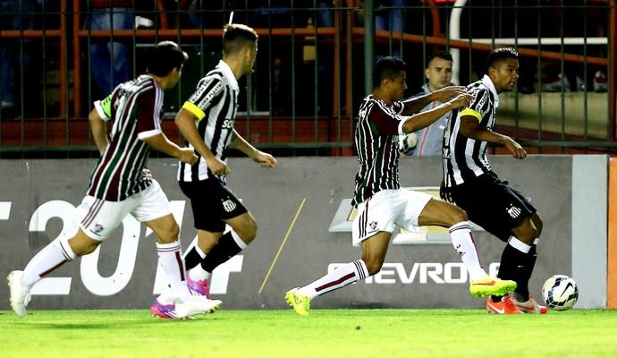 Cícero Conca Fluminense e Santos  (Foto: Matheus Andrade / Photocamera)