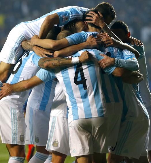 e é gol da argentina... (MARIBEL FORNEROD - Agência Estado)