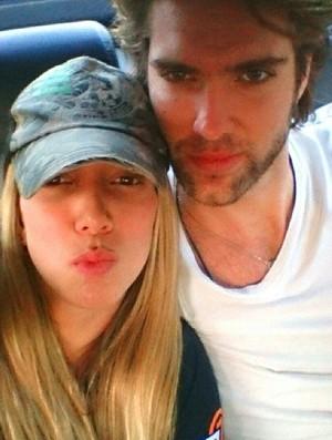 Thaísa e o namorado Rodrigo Medeiros (Foto: Reprodução Instagram)