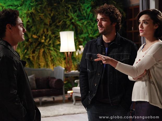 Caio e Fabinho trocam farpas (Foto: Ellen Soares/TV Globo)